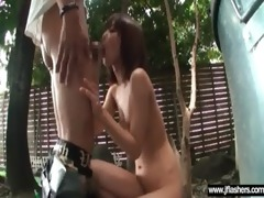 japanese girl flashing body in public place
