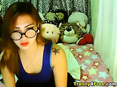 see this cute oriental t-girl have a fun playing