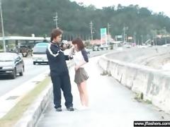 hawt hawt japanese hotty flashing body in public