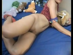 web camera - asian showing arse & fingering