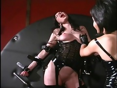 oriental domme playing with the slave&s