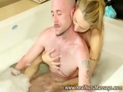 masseuse hottie bathtime knob engulf