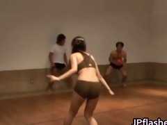 super hawt japanese girls flashing part6