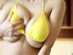 breasty hitomi tanaka masturbating