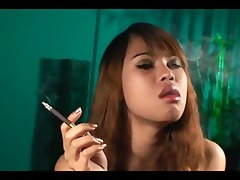 oriental shelady smokers