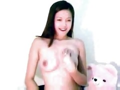 cute oriental webcam hotty shows love muffins