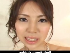 japaneses legal age teenager shows her unshaved