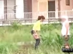 katsuki yuri - gives complete stranger