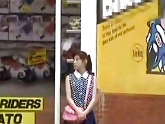 japanese gal oral pleasure for cash in public