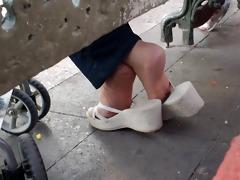 older shoeplay