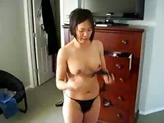 horny chinese d like to fuck shows titght body