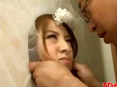 japanese av model engulfing cock