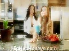francine dee & teanna kai lesbian breakfast