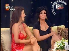 upskirt and downblouse turkish singer tuba ekinci