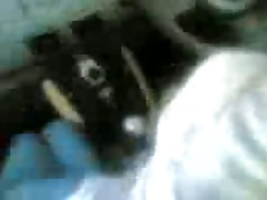malay hotty hijab scarf oral-sex inside a car