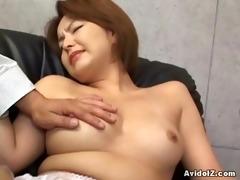 japanese hottie gets her haiy fur pie fingered