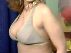 pakistani bigboobs aunty undressed dance in her